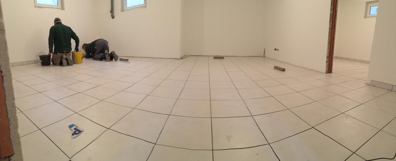 laminat und fliesen bei tropischer hitze projekt hausbau in adelsdorf. Black Bedroom Furniture Sets. Home Design Ideas